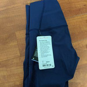 Lululemon Minimalist Crop sz 4 Hero Blue